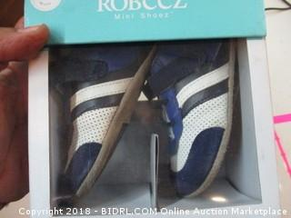 Robeez Infant Shoes 12-18 months
