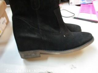 Boots Size 7M