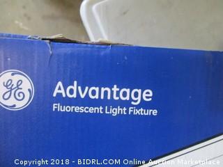 Advantage Fluroscent Light Fixture