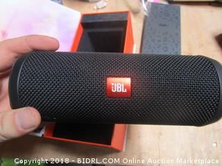 UBL Flip 4