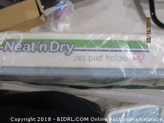 Pet Pad Holder