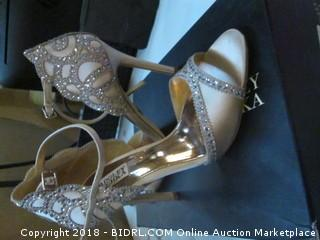 Badgley Mischka Heels Size 8.5