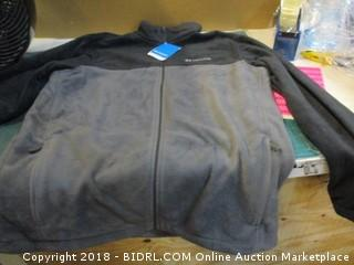 Columbia Zip Up MSRP $60.00