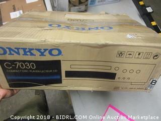 Onkyo C7030 CD Player