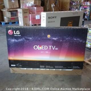 """LG OLED TV  55"""" Powers On"""