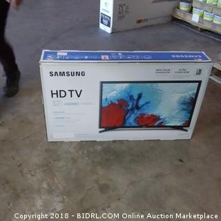 "Samsung HDTV  32""  Powers on, Cracked Screen"