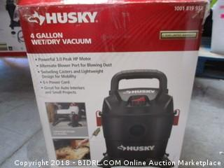 Husky Wet/Dry Vac