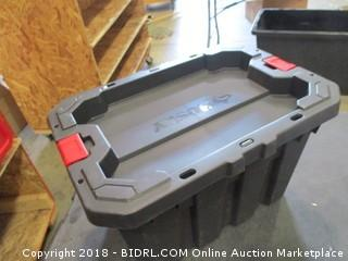 Husky 5 Gal Latch and Stack Tote (Cracked)