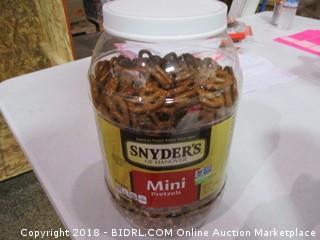Snyder's Mini Pretzels