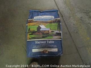 Blue Earth's essentials Harvest Table Dog Food