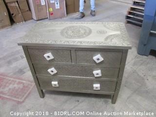 World Market Dresser