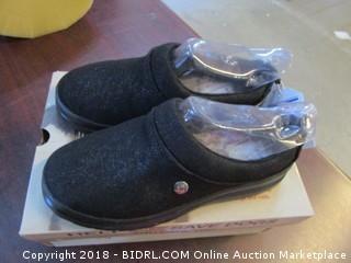 BOBS Plush Foam Size 6