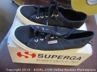 Superga Size 6