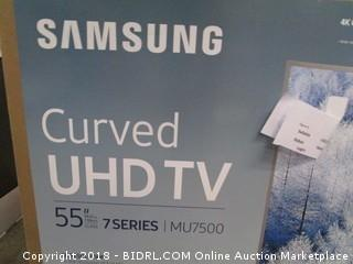 "Samsung Curved UHD TV 55"" TV Powers On  See Pictures"