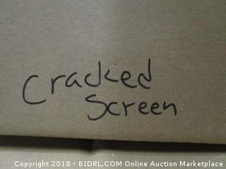 VIZIO  Cracked Screen See Pictures