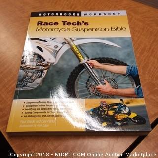 Motorbooks Workshop Race Tech's Motorcycle Suspension Bible