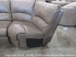 Sectional  Recliner 3 Pc/ Adapter is damaged  See Pictures