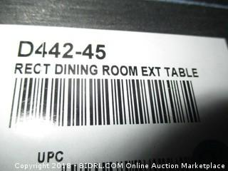 Signature Rect Dining Room Ext Table / No Hardware
