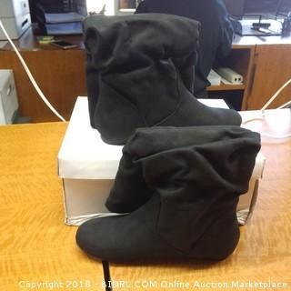 SODA Boots  5.5