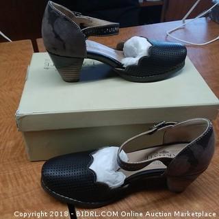 L'Artiste Spring Step Shoes