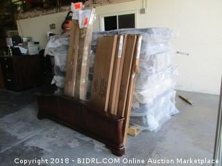 Pallet Lot of Various Furniture See Pictures