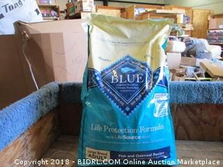 Blue Buffalo Adult Fish and Oatmeal Recipe 30lb