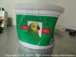 Lafebers Premium Daily Diet for Parrots