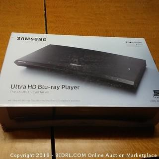 Samsung Ultra HD Blu-ray Player  Powers On