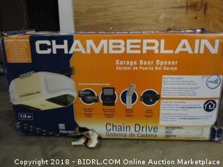 Chamberlain Chain Drive Garage Door Opener/ Sealed box/ Box is damaged  See Pictures