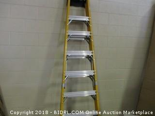 DeWalt DXL3810-08 8-Feet Fiberglass Stepladder Type IAA Manufacture Tested To 500-Pounds, 8-Feet (Retail $361.00)