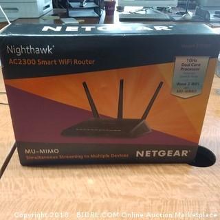 Netgear Smart WiFi Router Powers On