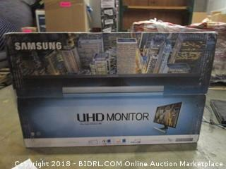 "Samsung UHD Monitor 28""  Powers On"