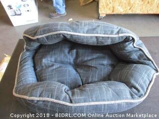 Foil Print Lotus Bed 19 x 15