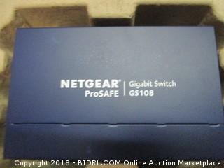 Netgear desktop switch