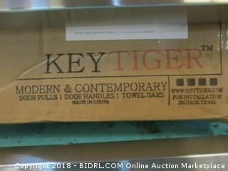 Key Tiger Door Pull