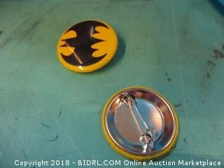 Thomas & Friends Jumbo Flavor Containers / batman pins