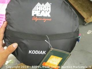 high peak Kodiak sleeping bag